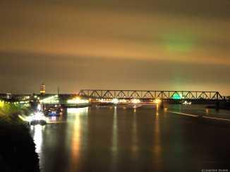 Duisburg - Eisenbahnbrücke über den Rhein