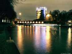 Oberhausen-Gasometer am Rhein-Herne-Kanal