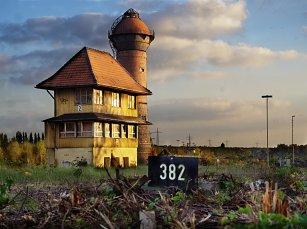 Wasserturm und Stellwerk 2