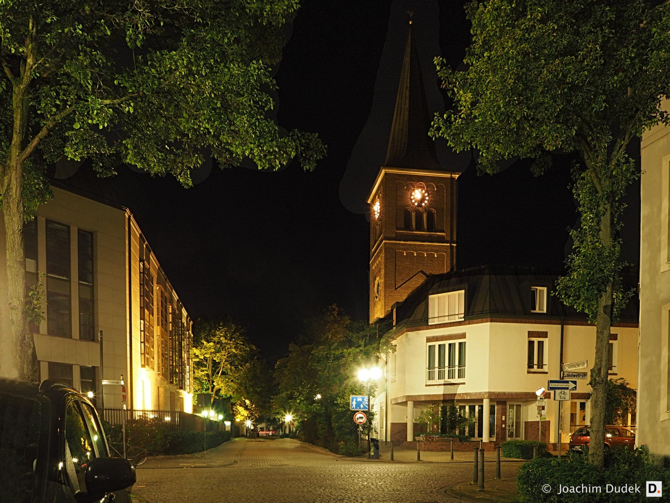 Duisburg-Ruhrort, Dr.-Hammacher-Straße