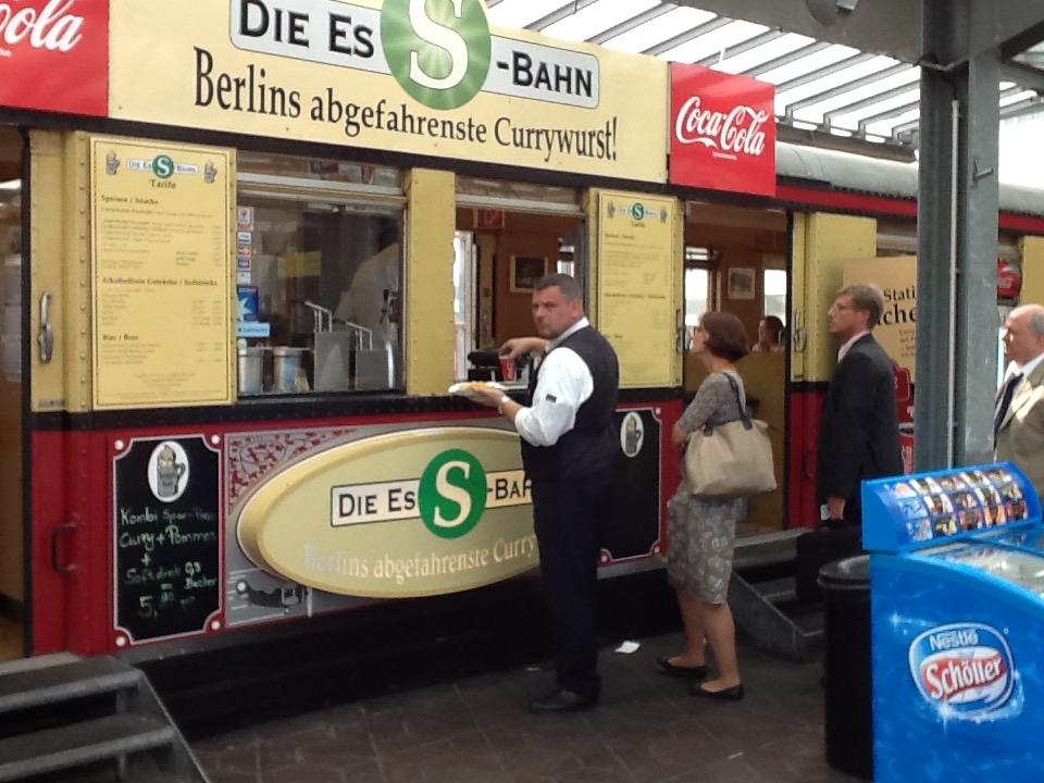 Ess-Bahn Currywurstbude Berlin-Tegel