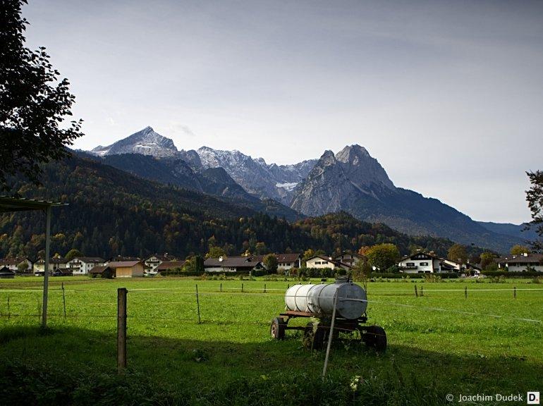 Garmisch-Partenkirchen - Blick auf den Waxenstein