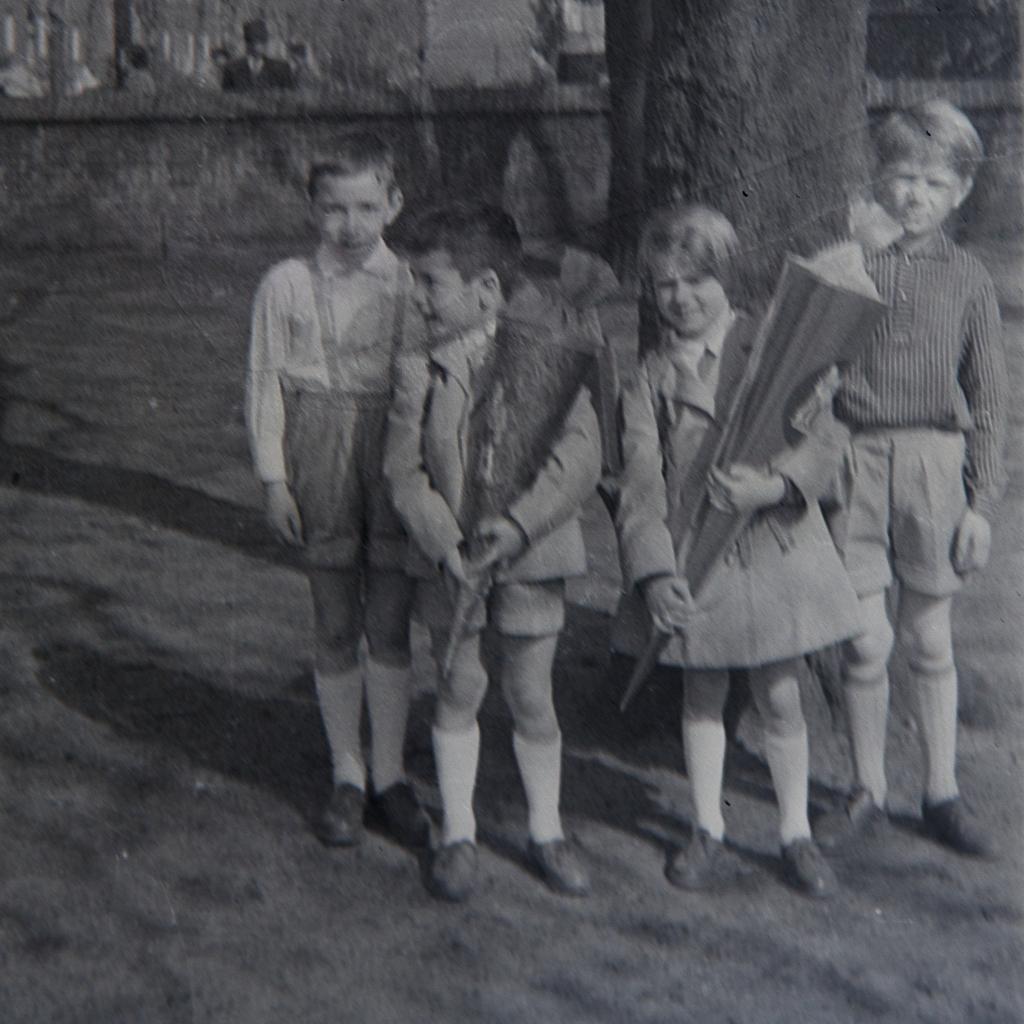 Einschulung April 1961