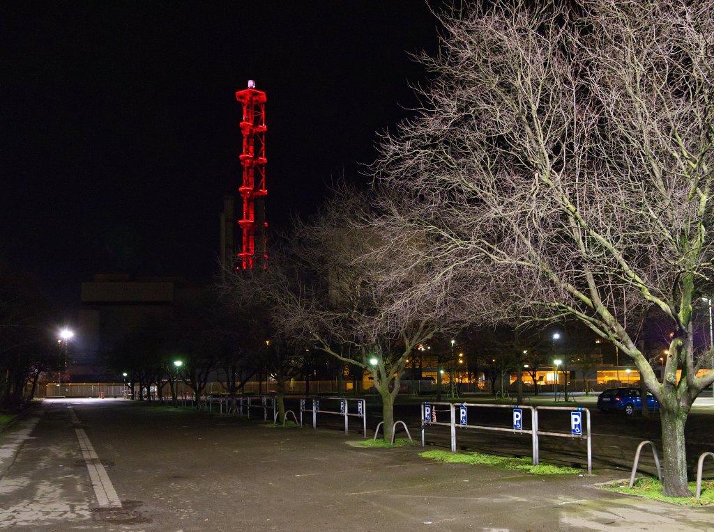 Stadtwerketurm als Kerze